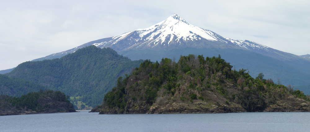 Mocho-Choshuenco Volcano from Lago Panguipulli