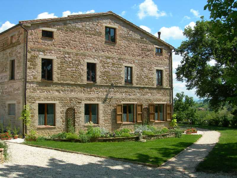 The holiday apartments at Casa Carotondo in Le Marche, Italy